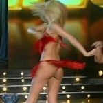 Pampita en el Bailando 2008 #35 (upskirts red hot y Pop Latino)