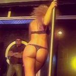 Jesica Cirio en Sunset… caño y striptease del mejor culo argento