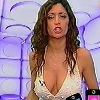 Carla Conte Big Natural Tits In Call Tv Sexy Cleavage