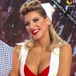 Macarena Rinaldi in Bailando 2016 (hot nurse rock´n´roll)