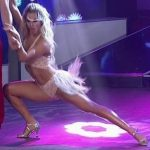 Florencia Vigna in Bailando 2016 (merengue and bum upskirts)