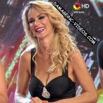 Sabrina Rojas in Bailando 2016 (busty blonde merengue)