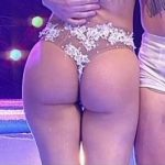 Barby Silenzi in Bailando 2016 (aquadance duel hot booty)