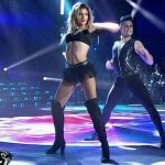 Maria Del Cerro in Bailando 2016 (hot legs in pop latino)