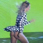 Florencia Vigna cumbia pop in Bailando 2017 (superb ass !)