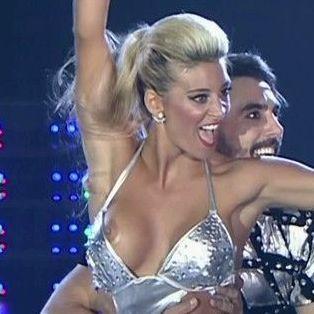 2018 rubia bailando en Algeciras