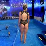 Ailen Bechara aquadance in Bailando 2015 (wet and sexy)