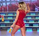 Barby Reali in Bailando 2016 (cute ass in Disco dancing)