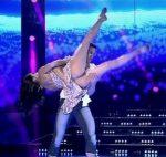Celeste Muriega adagio duel in Bailando 2015 (big booty)