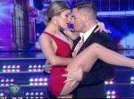 Laura Fernandez sexy tango in Bailando 2015 (hot legs !)
