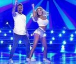 Laura Fernandez in Bailando 2016 (sexy jean shorts and top)