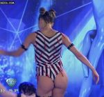 Macarena Rinaldi aquadance in Bailando 2015 (tight ass)