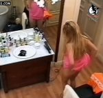 Gisela Barreto changes thongs live on camera…